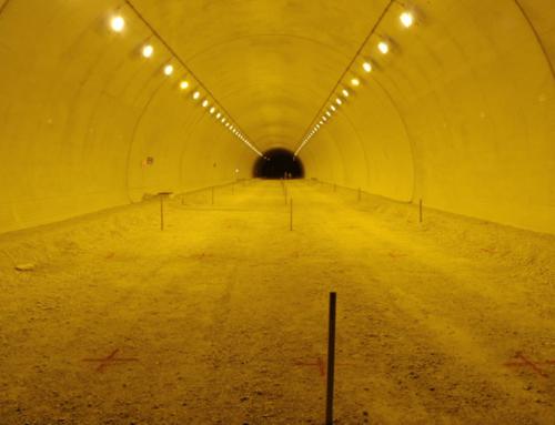 トンネル照明工事
